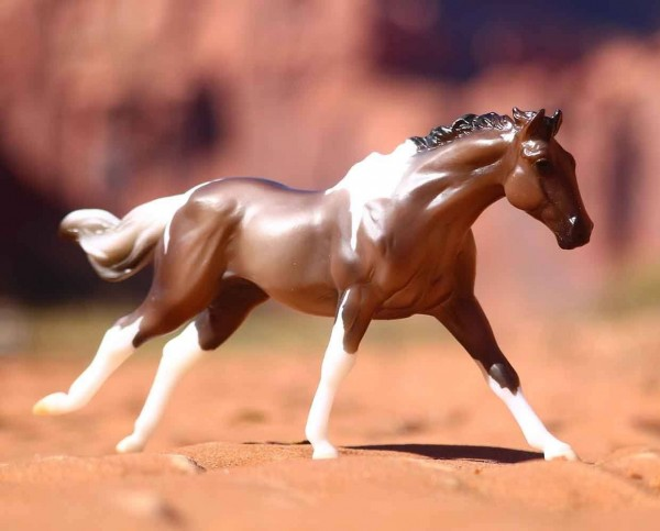 Breyer Grulla Paint Horse Toy Model